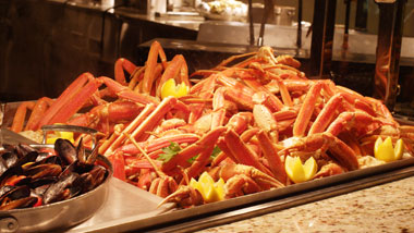 crab legs at buffet at Margaritaville Casino