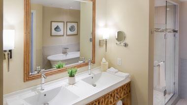 Margaritaville Resort Casino Luxury Hotel suite bathroom